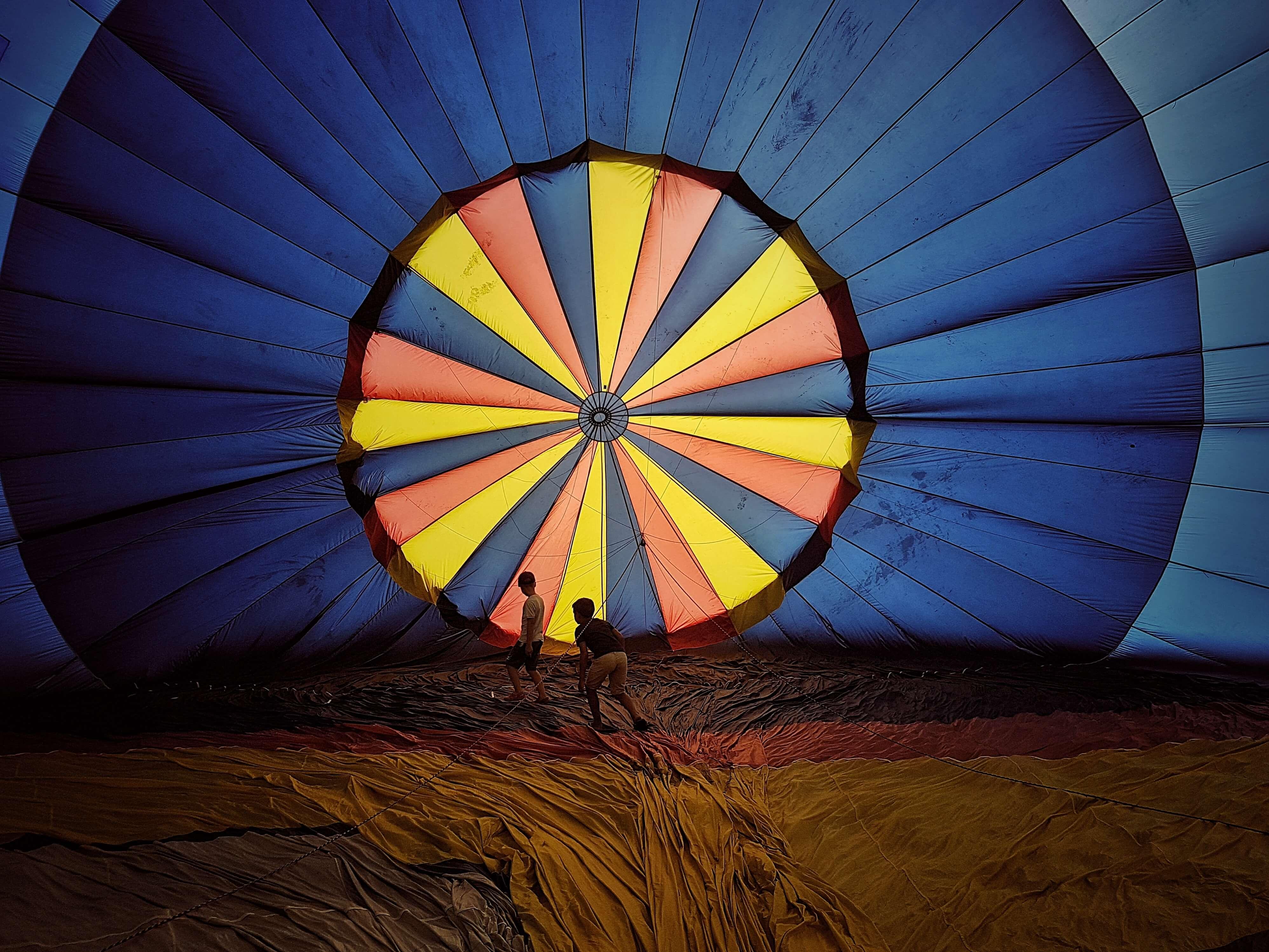 Balloons Festival 2017: la villa Mensa e il pallone di una mongolfiera