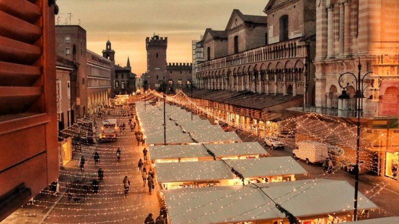 Ferrara a natale: caplit, caplaz, salama e digestivo