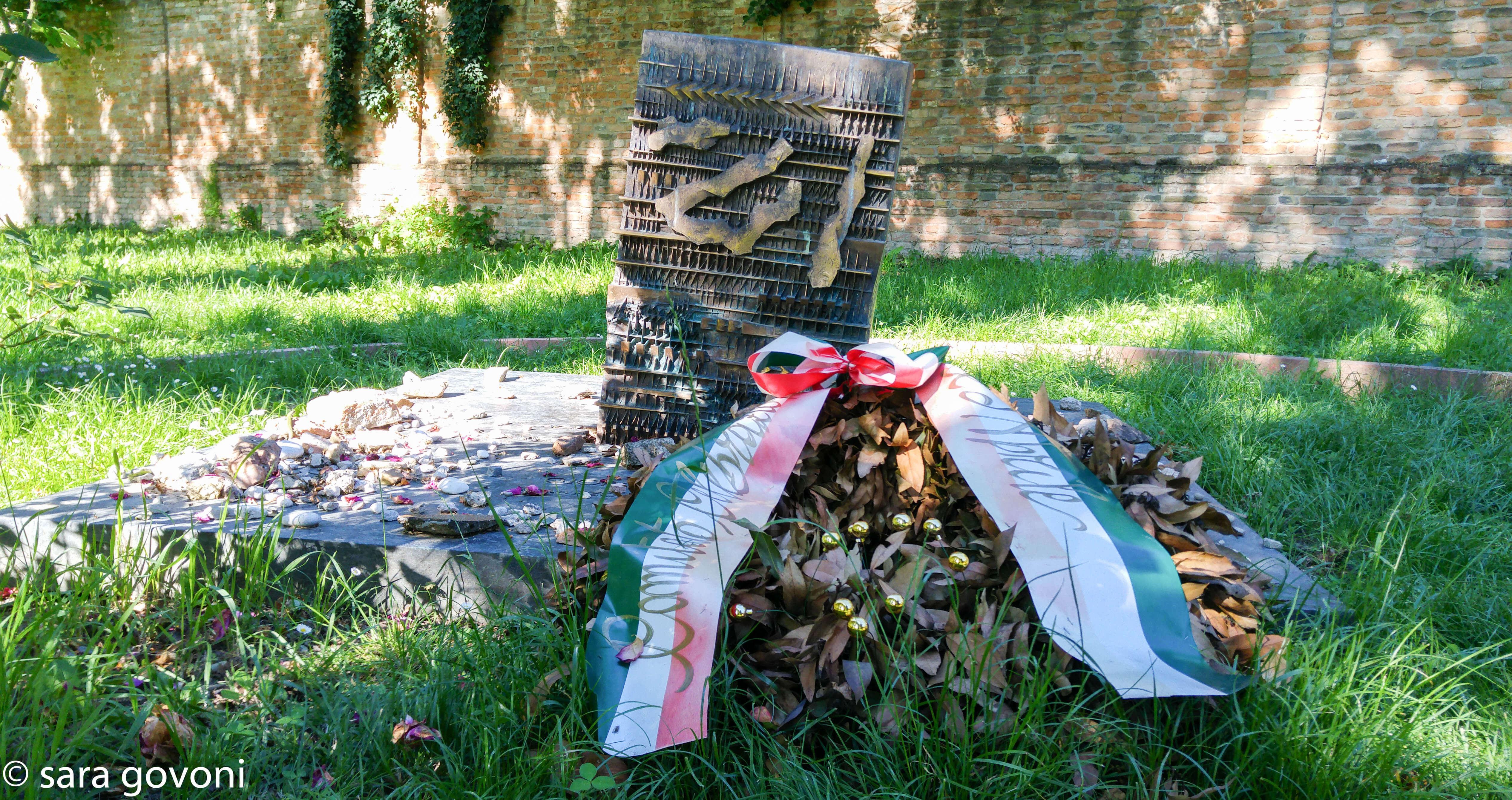 tomba di Giorgio Bassani
