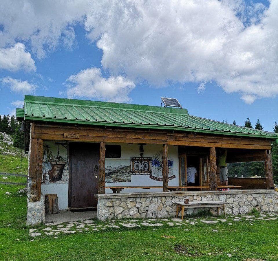 Trekking sul Monte Zebio lungo i sentieri della Grande Guerra