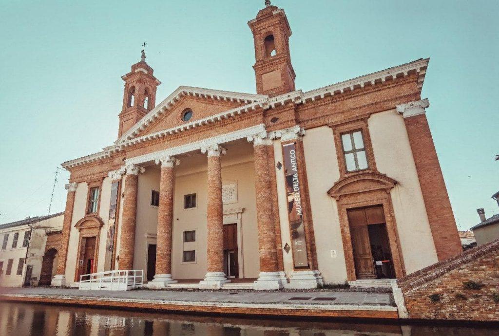 musei di Comacchio: facciata del delta antico