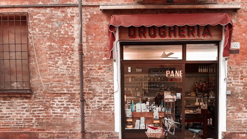 Shopping a Ferrara: i consigli di acquisto per i turisti del centro