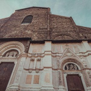 Le donne artiste di Bologna: itinerario al femminile per le vie del centro