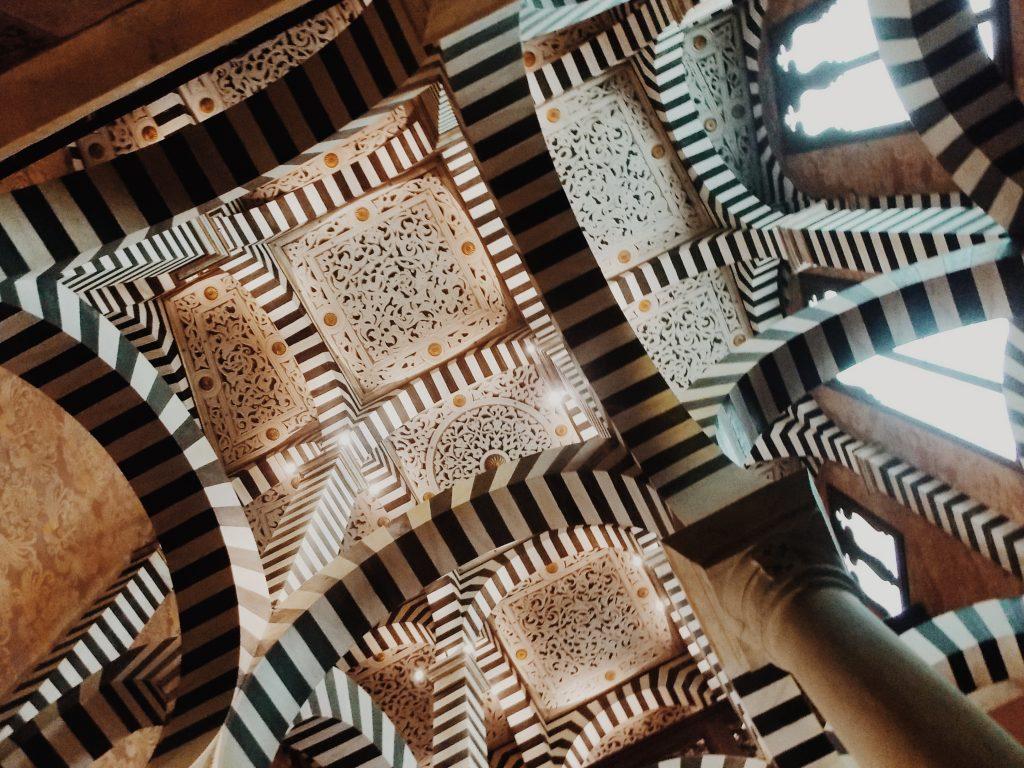 rocchetta mattei foliage provincia di bologna
