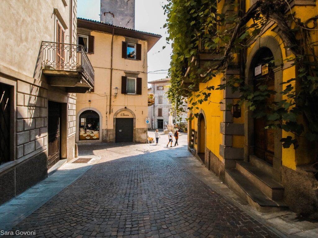 Lovere in un giorno: vicoli del centro storico