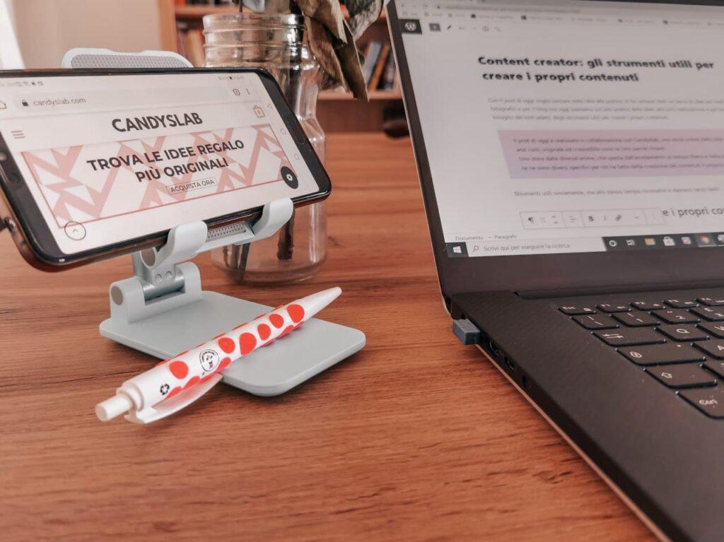 supporto per smartphone di Candyslab