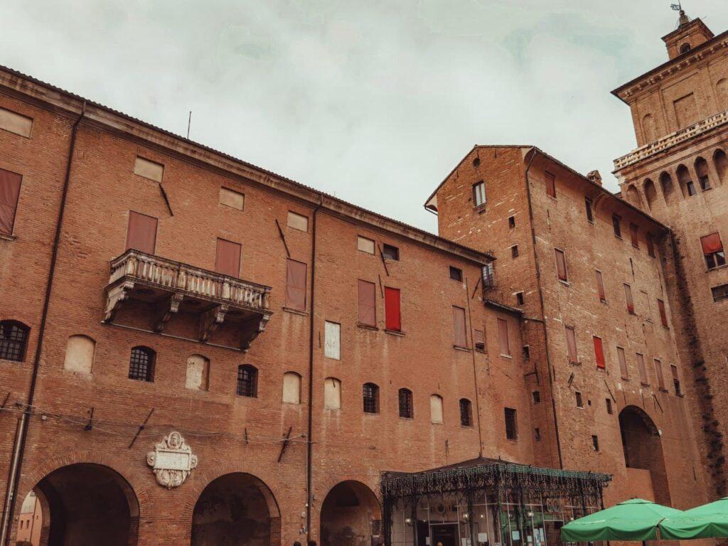 Via Coperta di Ferrara, tappa dell'itinerario nella Ferrara insolita e misteriosa