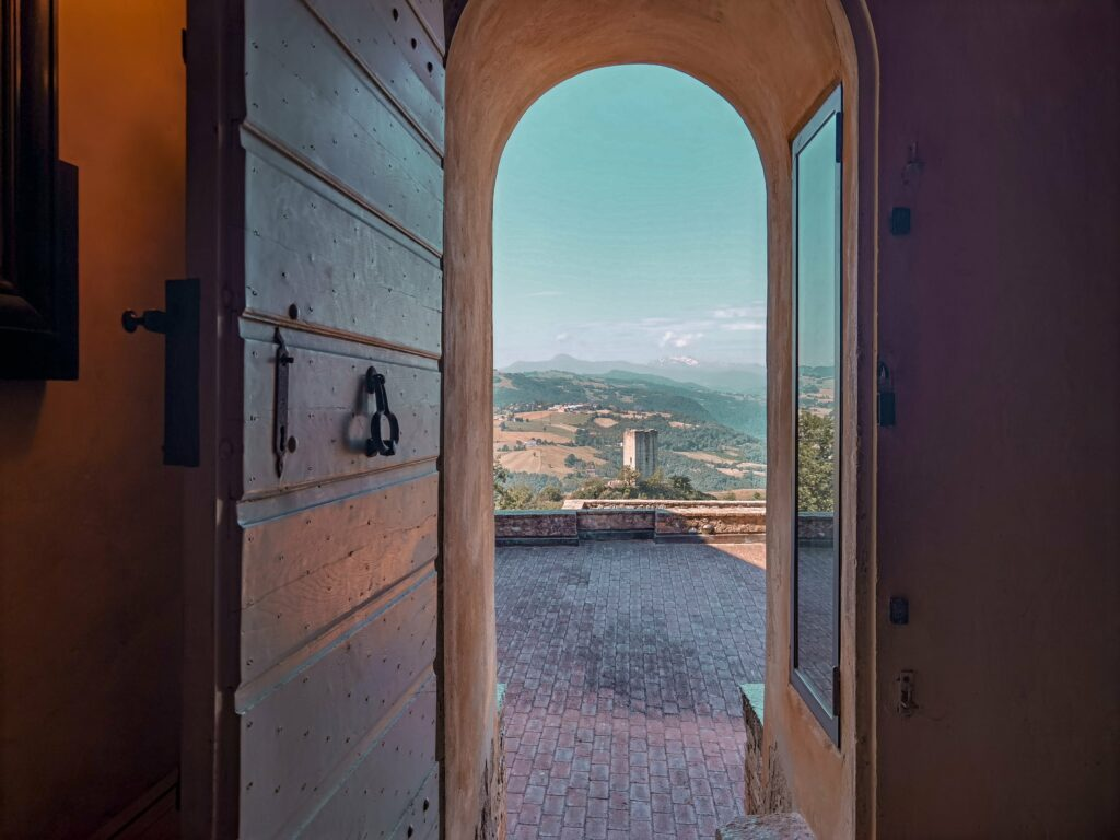 dalla torre del castello di Rossena