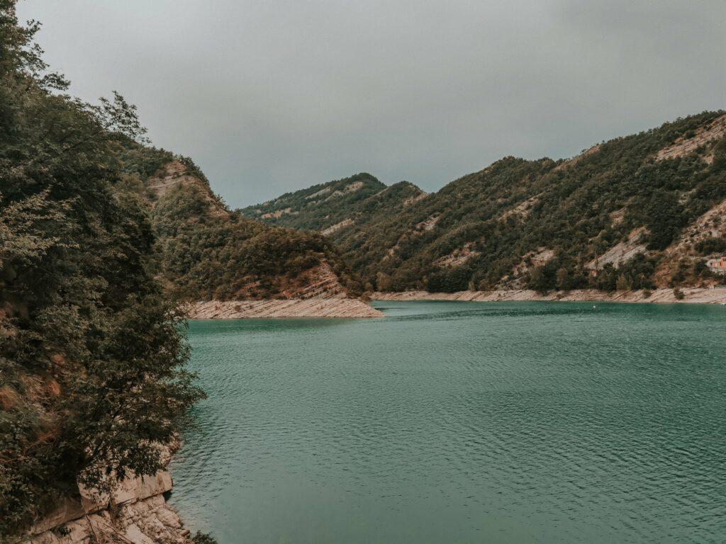 scorcio del lago di Ridracoli