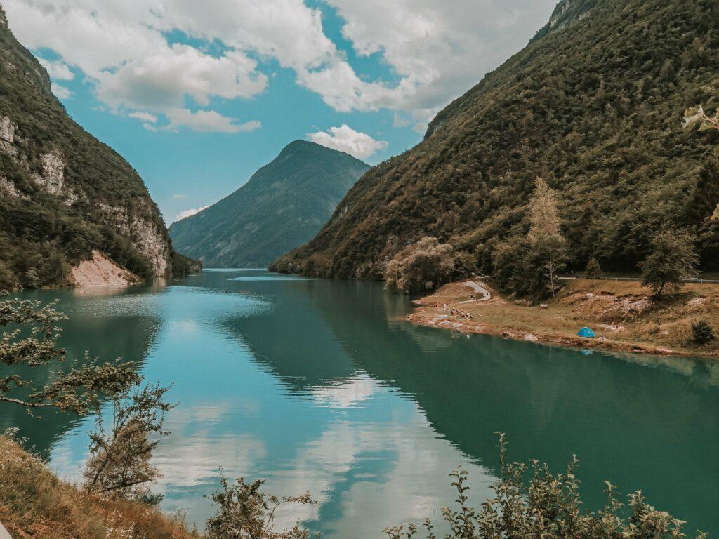 lago del mis in veneto